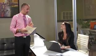 Low-spirited secretary Alektra Blue fucking her big dicked boss